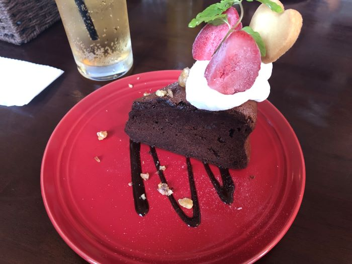 アルトバウ ウィズ メアリー バーガーのケーキ