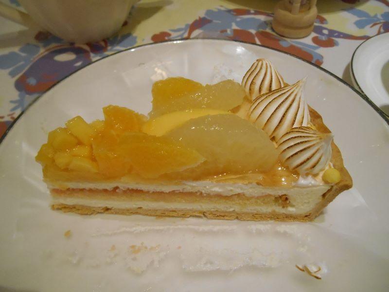 キルフェボン銀座「柑橘とマンゴーの甘酸っぱいレアチーズタルト」byみーちのグルメ
