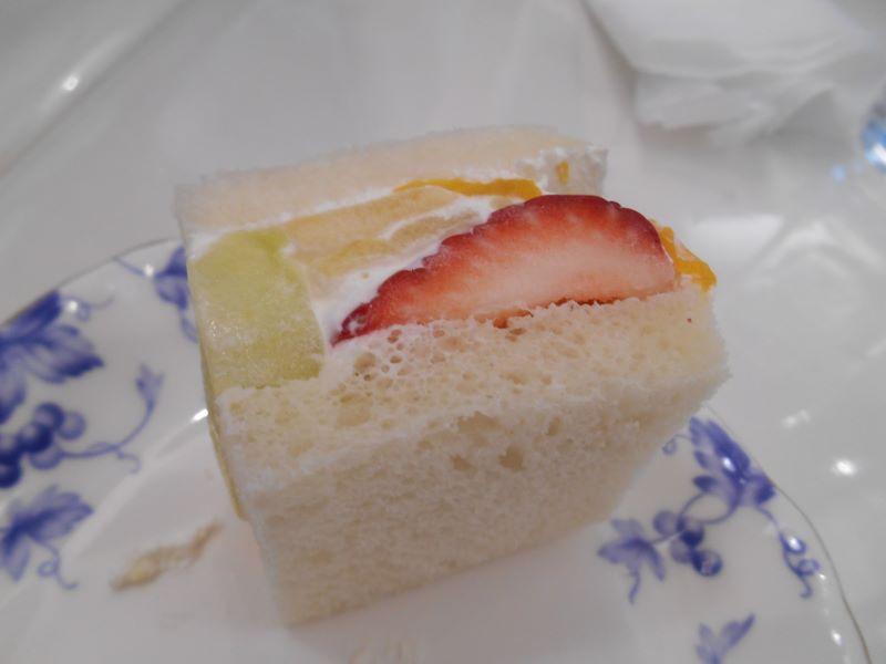 銀座千疋屋本店のフルーツサンド