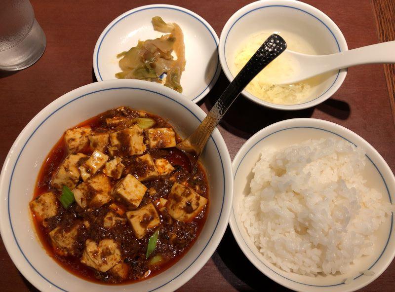 陳麻婆豆腐-新宿野村ビル店のランチ